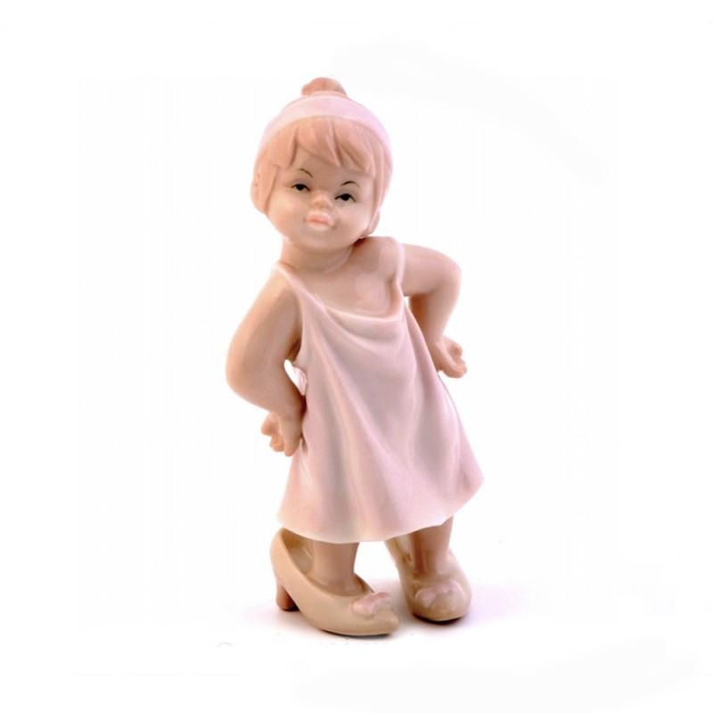 Morena statuina bimba con tacchi - D7251