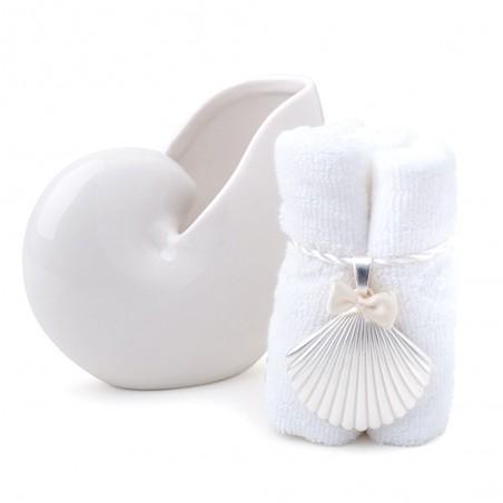 Candida Celiento - Hervit Creations, conchiglia in porcellana bianca 14cm con asciugamano