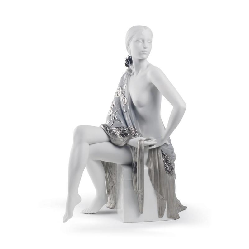 Scultura Donna con scialle...